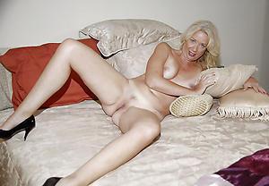 elder women legs added to freash pussy