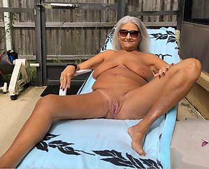 grannies with great legs clumsy pics