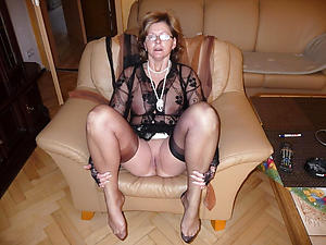 hot sexy granny arms stripping