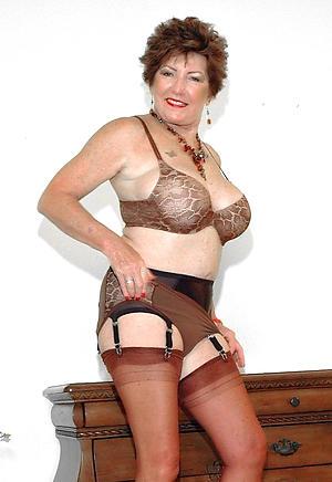 hotties dispirited older women give lingerie pictures