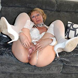 naked older women amateur pics