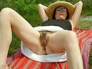 hot grannies pussy photograph