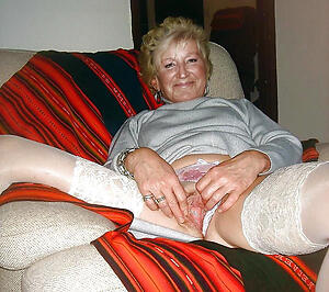 porn pics of queasy old granny pussy
