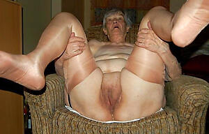free pics of old body of men pussy