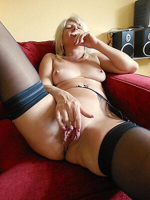 xxx pictures be advantageous to hot granny masturbates