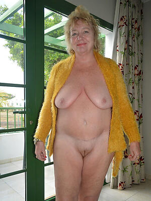 hot shaved pussy granny amateur floosie
