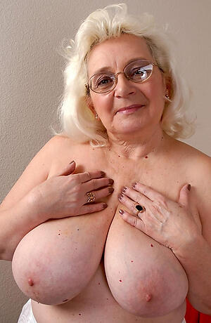 drooping granny tits private pics