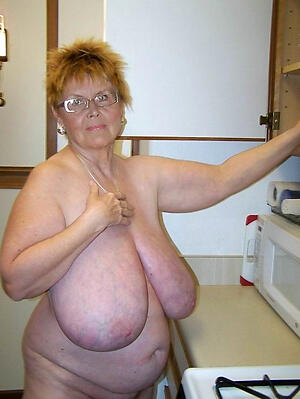 trounce granny tits and freash pussy
