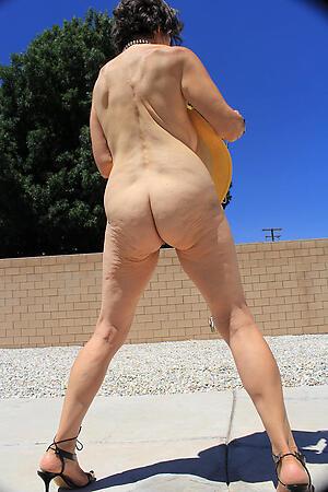 older women far big booties hot porn pic