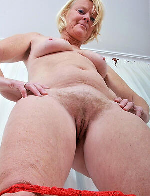 xxx pictures of mould granny pussy
