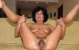 naked older brunettes amateur pics