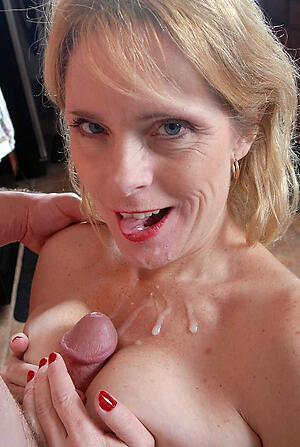 xxx pictures of granny gives blowjob
