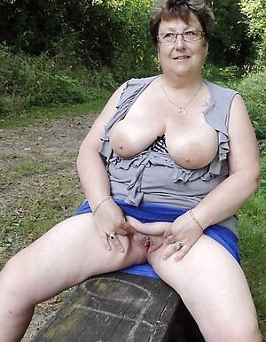 horny grannies in all directions glasses hot porn pic