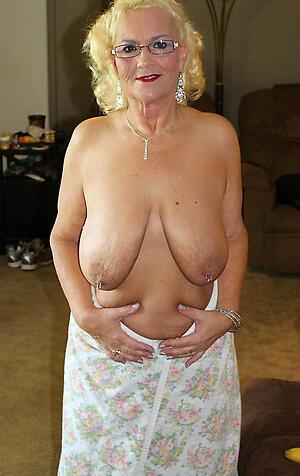 saggy granny breasts unsocial pics