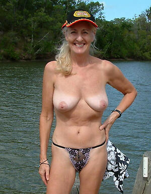 gorgeous exposed older battalion freash pussy