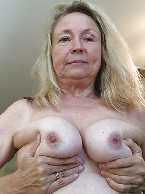 remarkable older blonde pussy