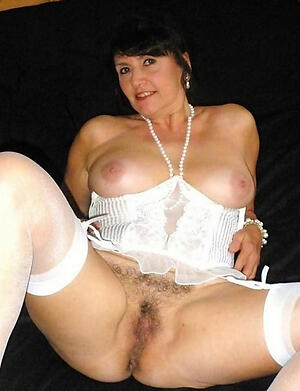 sexy naked moms undemonstrative pics