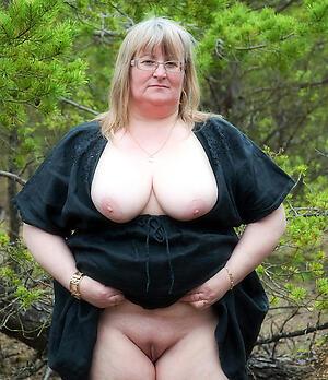 naked grannie boobs hot porn pic