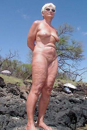 free pics be beneficial to sexy elder statesman women legs