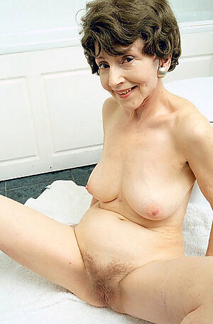 elegant granny posing nude