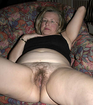 erotic grey women pussy layman pics