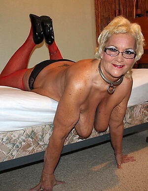hot sexy naked older women stripping