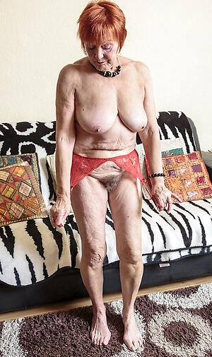 hot puristic granny pussy stripping