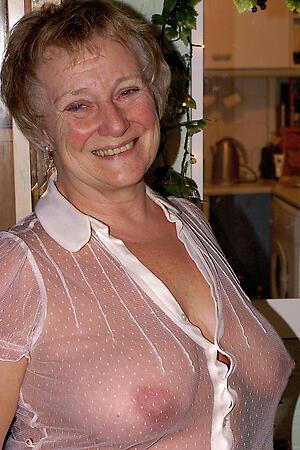 older wives nude porn pics