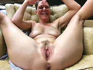 mature older revealed women freash pussy