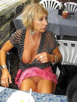 grown-up experienced column posing nude