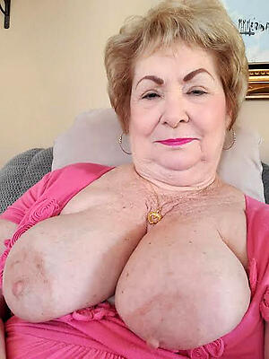 best granny pussy honour posing nude