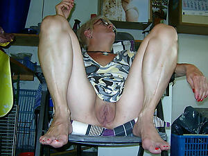 xxx pictures of older vagina
