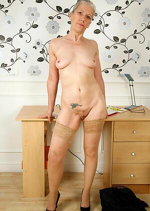 older xxx posing nude