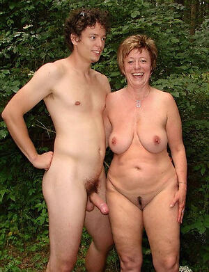 nude pictures be beneficial to doyenne couples
