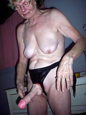 naked grandmother granny