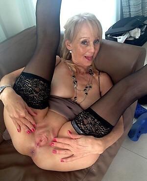 hot naked granny vulva piracy