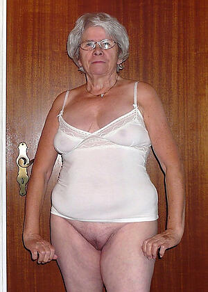 unorthodox pics be beneficial to grannies in lingerie