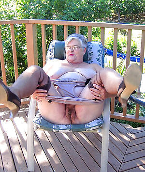 creamy granny pussy porn pics