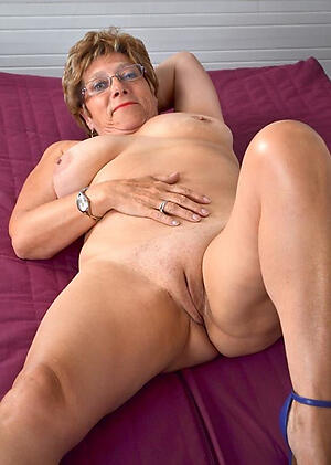 low-spirited old milf freash pussy