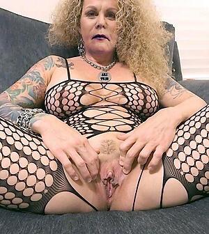 xxx pictures of hot granny twat