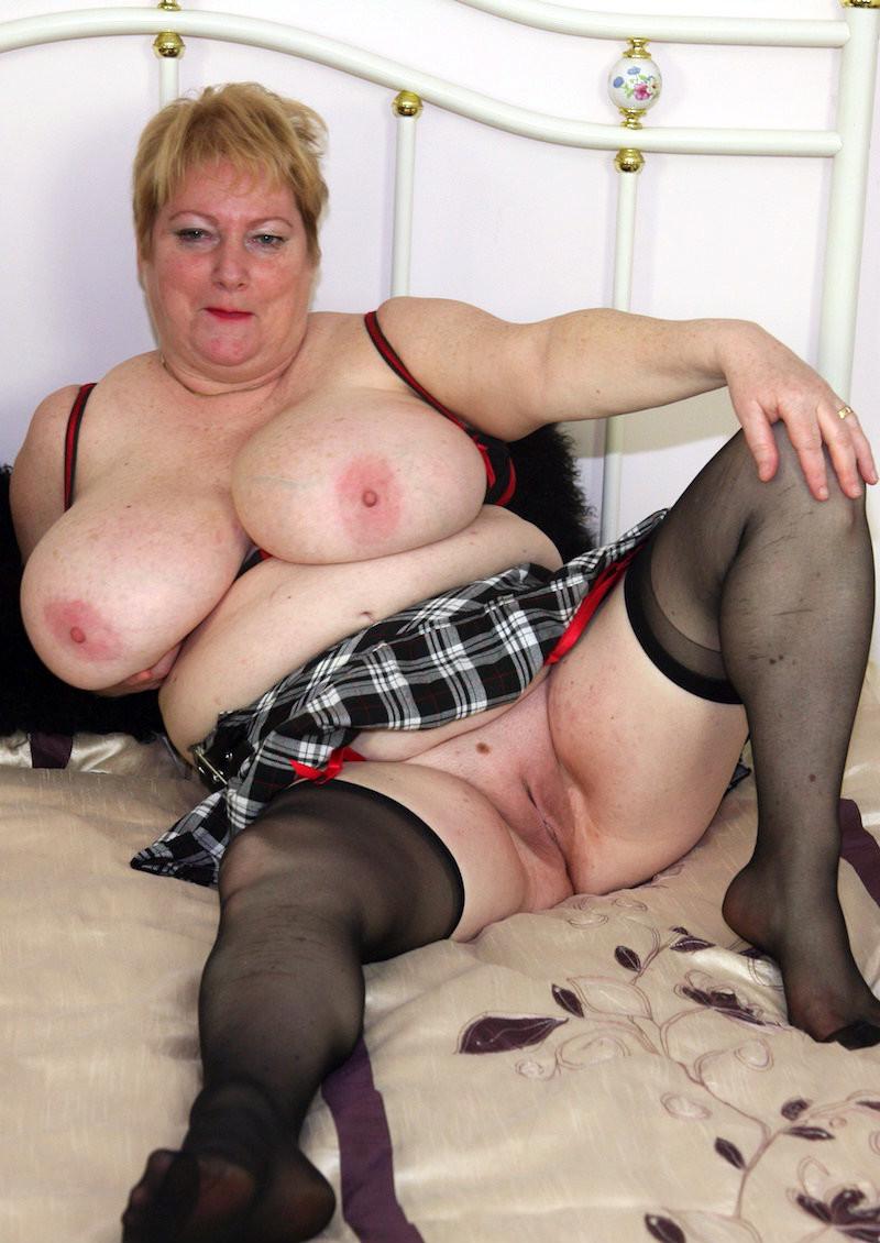 Bbw Oma Nackt
